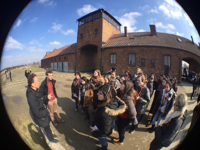 Les lycéens du Grand Est en voyage d'étude à Auschwitz