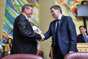 Jean Rottner, Président de la Région Grand Est félicite Patrick Tassin pour son élection à la Présidence du CESER Grand Est