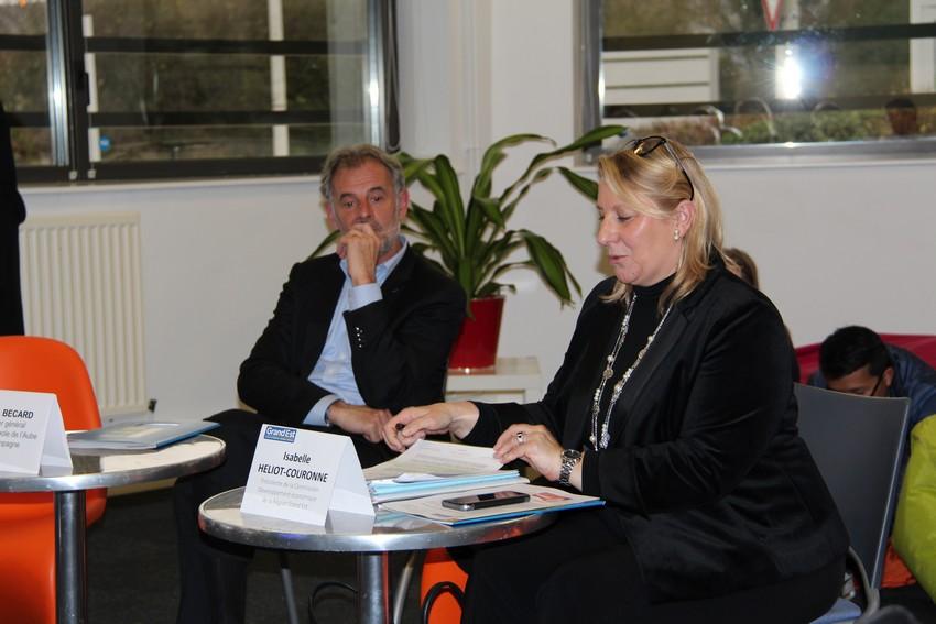 Isabelle Héliot-Couronne et Francis Bécart reçoivent Levels3D et InnovSanté à la Technopole de Troyes Champagne