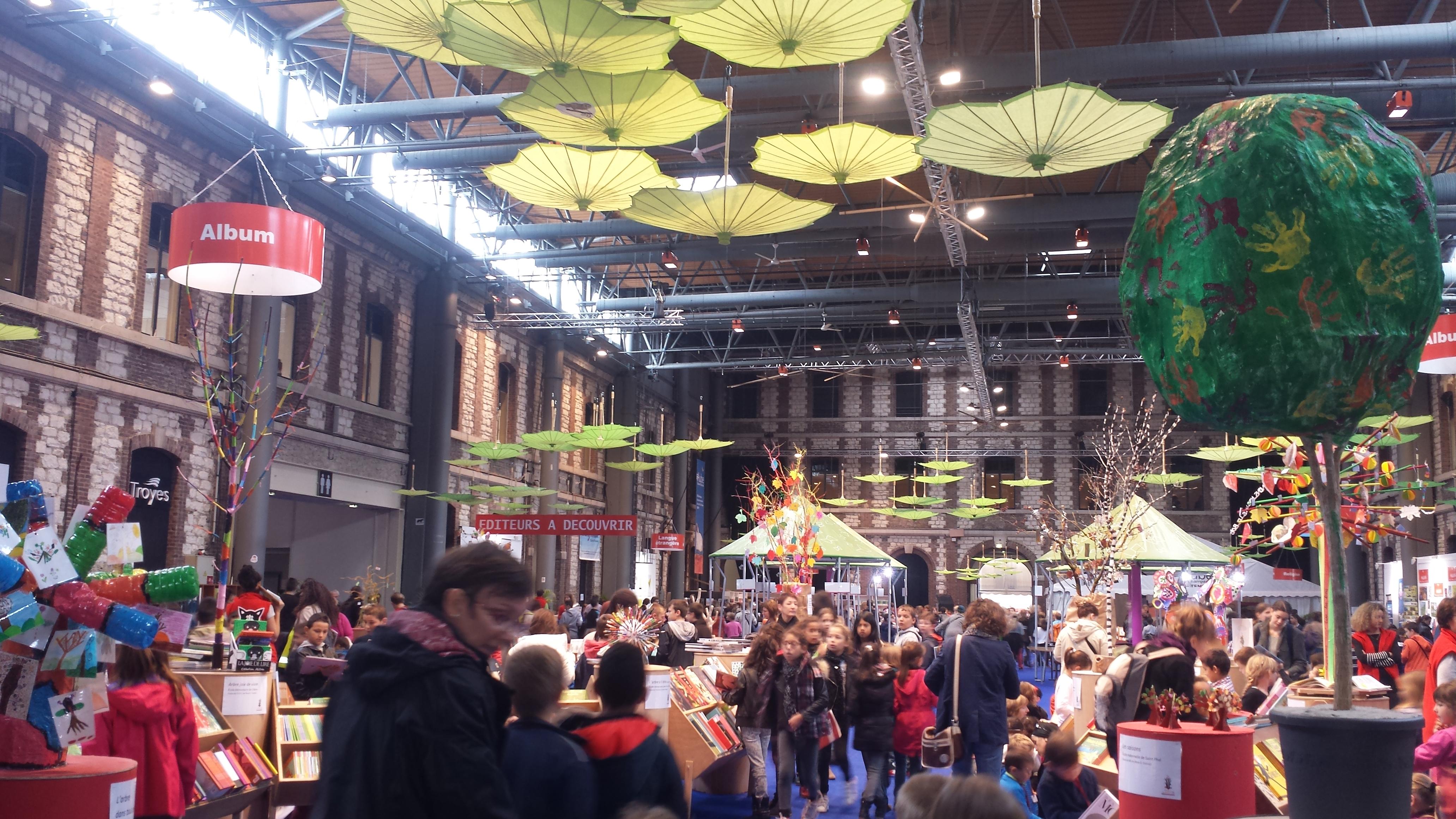 Le grand est au salon du livre de paris grandest - Salon du livre troyes ...