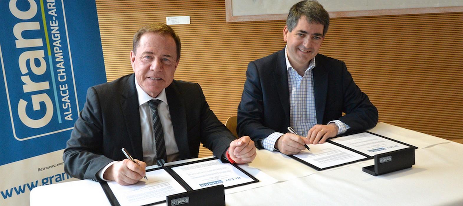 Signature d'une convention de partenariat entre Jean Rottner, Président de la Région Grand Est et Gilbert Stimpflin, Président de la CCI Grand Est