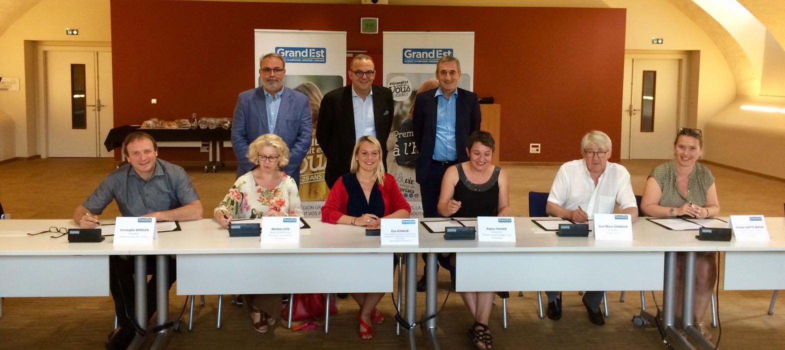 Signature de conventions - Tour régional de la jeunesse - Mulhouse
