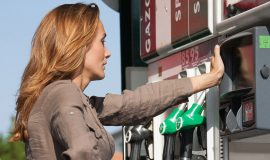 Crise des carburants : une aide concrète pour les ménages