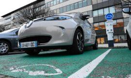 Appel à projets : recharge pour véhicules hybrides et électriques – bornes sur parking de salariés