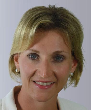 Pauline JUNG