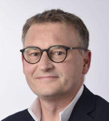 Éric QUÉNARD -