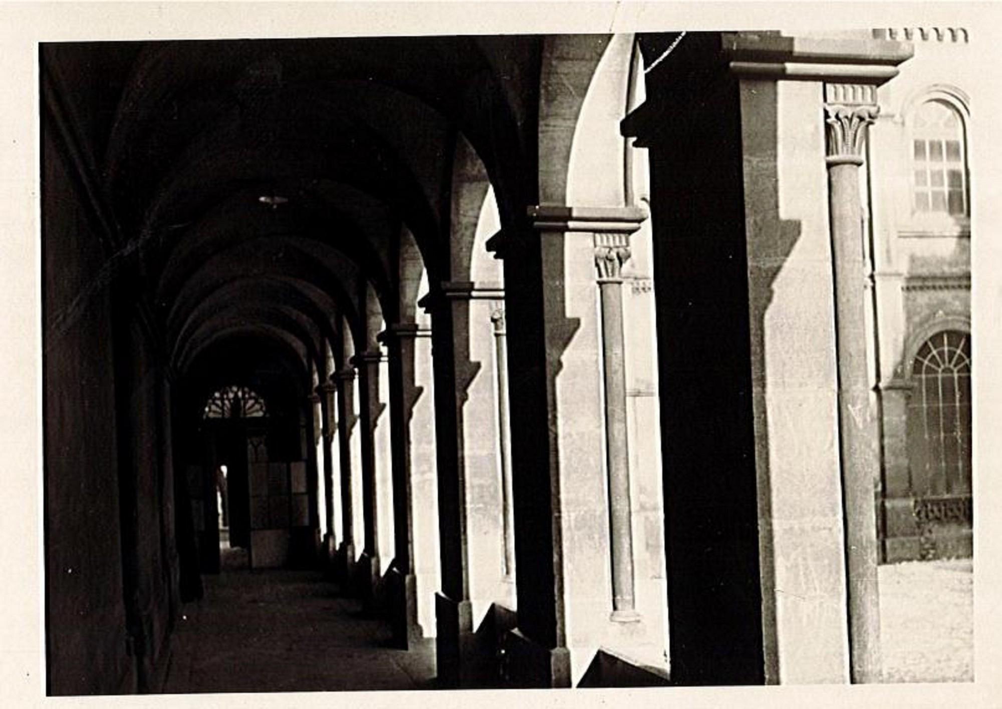 Sans titre vers 1940 Cour de Sainte Constance