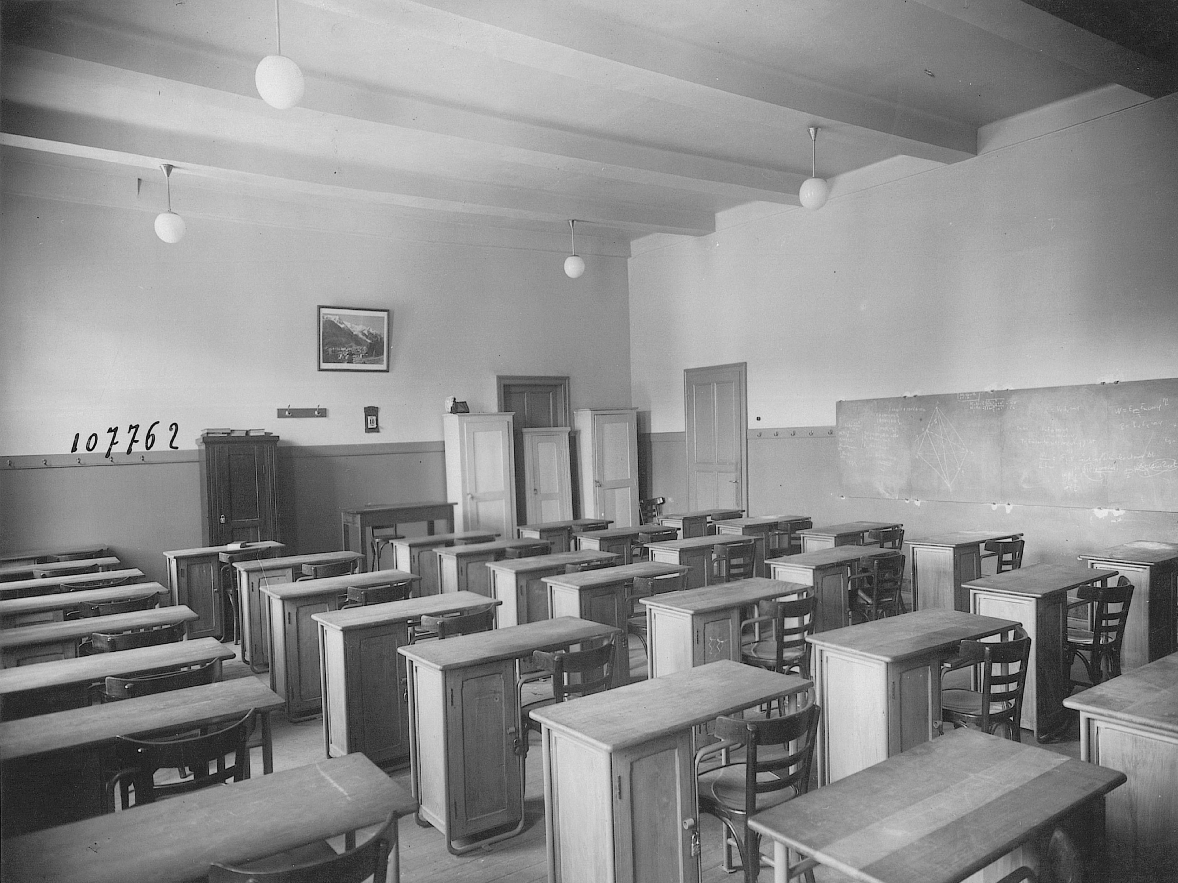 Inconnu - Sans titre –Vers 1940 Salle de classe