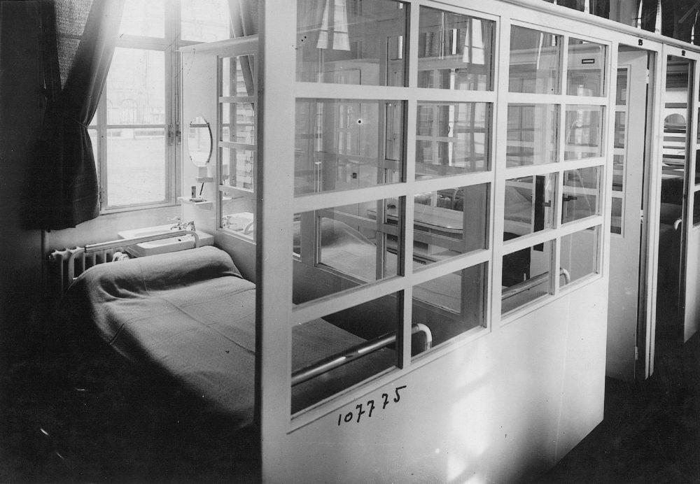 Vers 1940 - Infirmerie de l'internat