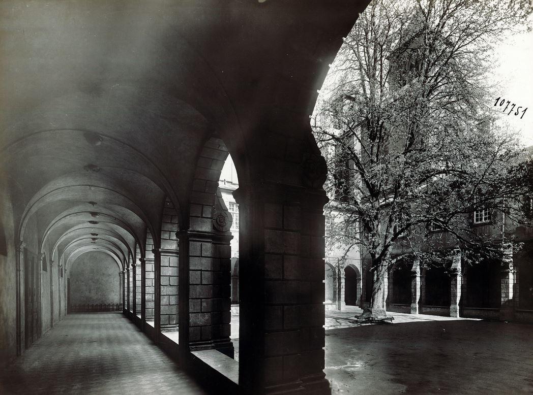 David et Vallois - Sans titre - Vers 1930 Cloître du marronnier ©David&Vallois